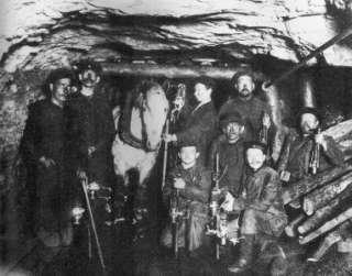 WEST VIRGINIA COAL MINERS PHOTO 1880 OIL LANTERNS COAL DUST MINING