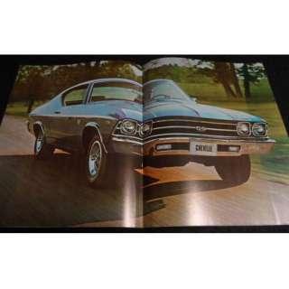 1969 Chevrolet Car Brochure CORVETTE CAMARO CHEVELLE ++