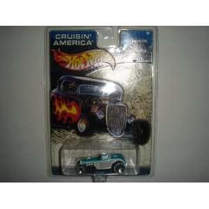Cruisin America Hot Rods Deuce Roadster Aqua/White Toys & Games