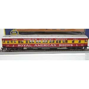 AHM HO Scale Royal American Shows Pullman Coach #53 Toys