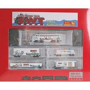 Micro Trains   Santa Work N Scale Train Set (Loco and Cars