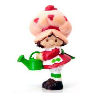 Strawberry Shortcake Mini with Watering Can Kenner 1982 Toys & Games