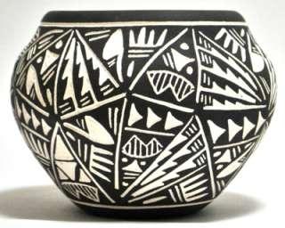 Acoma Pueblo Etched Bowl Pottery   Jae