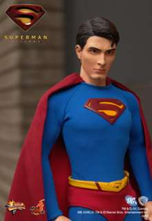 HOT TOYS SUPERMAN RETURNS   SUPERMAN FIGURE