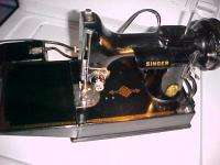 SINGER FEATHERWEIGHT SEWING MACHINE BOX &ETRAS