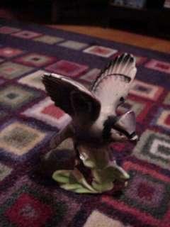 VINTAGE LEFTON BLUE JAY BIRD FIGURINE 5 WINGS OPEN