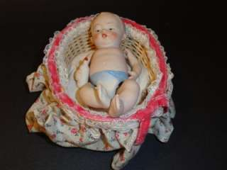 ANTIQUE BABY DOLL WICKER CRIB BED MINIATURE DOLLHOUSE 5 1/2 BY 4 1/2