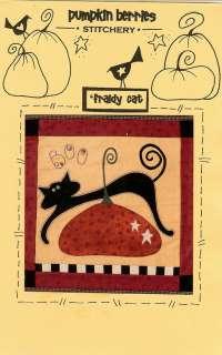 PUMPKIN BERRIES FRAIDY CAT HALLOWEEN PRIMITIVE FOLK ART QUILT