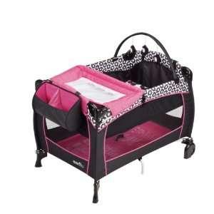 Evenflo Portable BabySuite 300, Pinwheel Baby