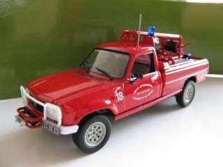 43 Norev Peugeot 504 Pick Up fire engine (1979)