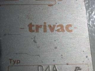 LEYBOLD TRIVAC D4A TRIVAC ROTARY VANE DUAL STAGE MECHANIC PUMP