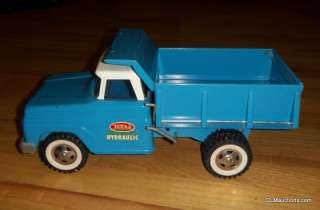 *** Tonka Blue Hydraulic Dump Truck No. 520 With Original Box   NR