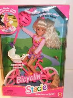 NIB BARBIE DOLL 1996 STACIE BICYCLIN PUPPY BOUNCES IN BASKET