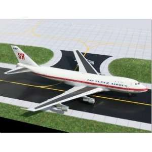 Gemini Jets Boeing House B747 100SR Model Airplane
