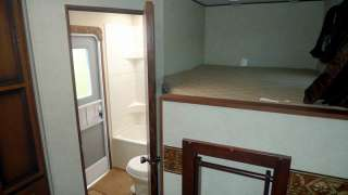 2013 Zinger 28BH Double Bunk Travel Trailer with super slide NEW
