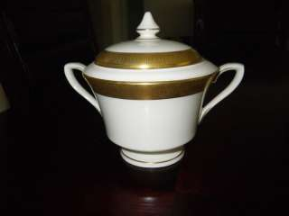 Worcester Durham 1963 Gold Verge Sugar Bowl & Lid Fine China Gold Rim