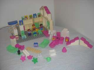Lego Duplo Pink House Pieces Beds Bath Sink People Family Base Plate
