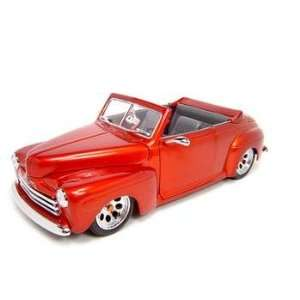 1948 FORD CUSTOM RED 118 SCALE DIECAST MODEL