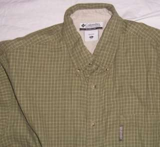 Mens Columbia Long sleeve Button down shirt Green XL X large $.99