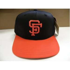 MLB San Francisco Giants Retro 2 Tone Snapback Cap Old