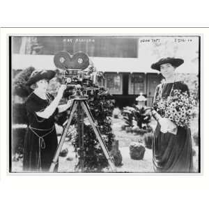 Photo (L): Helen Taft, May Allison (with movie camera