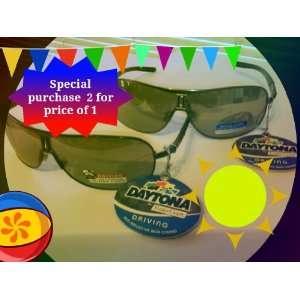 Foster Grant Daytona Aviator Driving Sunglasses Hot rod with Spring